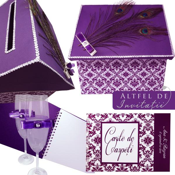 Accesorii de nunta alb violet si pene de paun