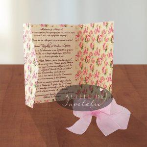 Invitatia de nunta Duce pretuire nu contine buzunar interior si nici carduri.