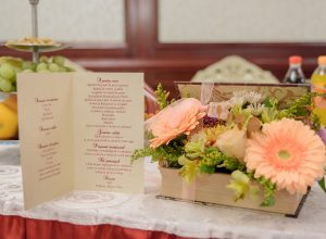 Meniu de nunta Viata in roz ce contine mancarea si bautura