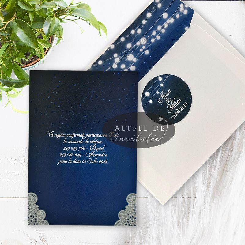 Invitatie cu plic si bulina de prindere inspirata din culorile cerului din timpul noptii