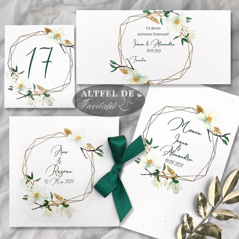 Set complet de papetarie eveniment Parfum de magnolie ce include: invitatia de nunta, meniul, numarul de masa si place cardul